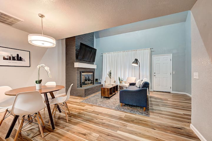 2-Bedroom Home - Modern Comfort Near Downtown OKC