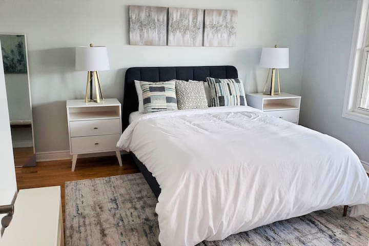 Bedroom Main Level