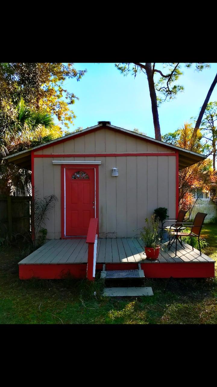 Siesta key beach cottage guest house 10 min to key