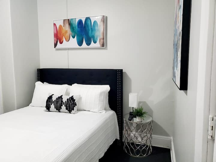Clean and Simple Queen Bed