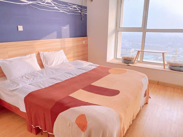 【里宿room10】日式简约一室海景房 大屏投影 下沉式沙发 东夷小镇 万平口 海洋公园