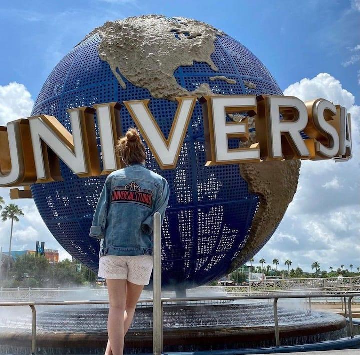 Universal Studios / 2 Queen Beds Hotel + Parking
