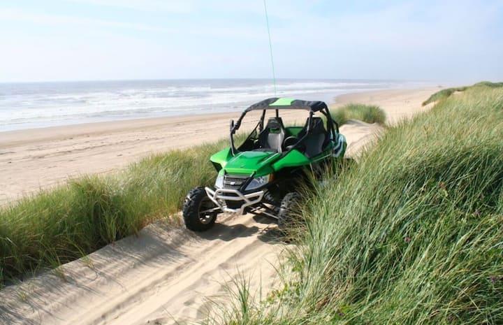 Direct Dune Access! Sleeps 5!