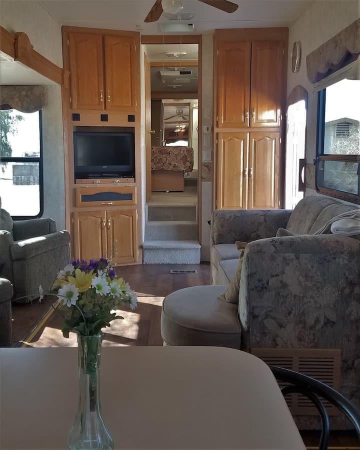 Open Concept RV on the quaint AZ Ranch