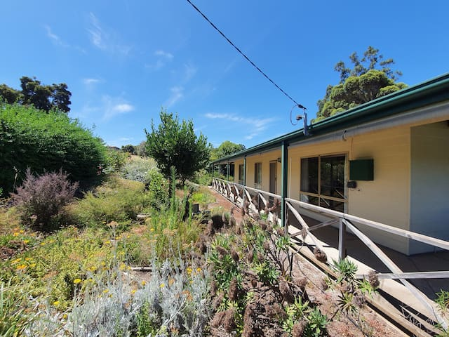 Relaxing 3br Getaway close to Cidery/Town Centre
