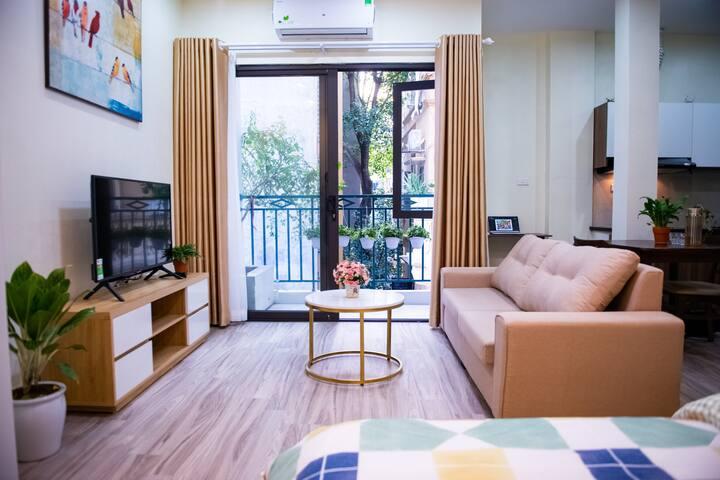 Bancông House 5.2 - Kim Mã apartment - Netflix TV