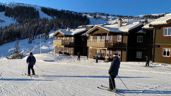 Voss ferieleilighet ski inn/ski out - Flott utsikt