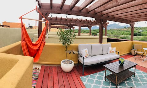 Sunlit Tubac Townhome!!
