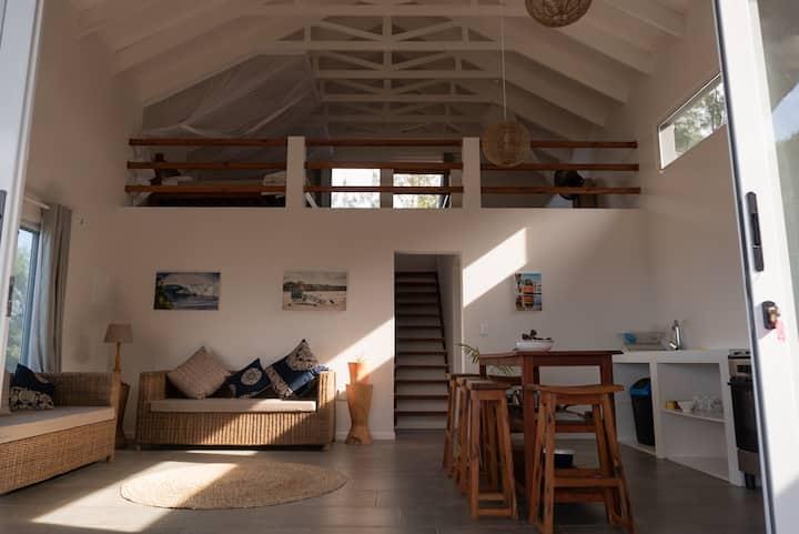 Coral Tree Surf Cottage - Tofinho, Tofo