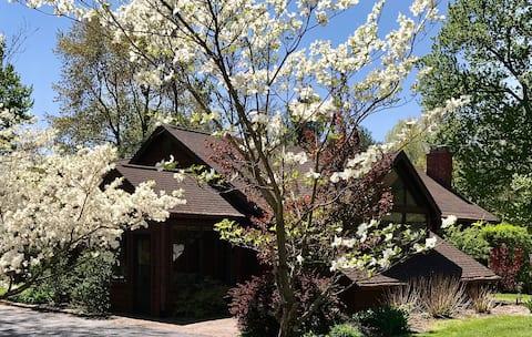 Cedar Cottage...near 4-H center, airport, & shops