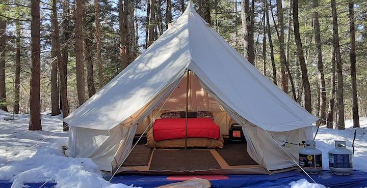 "* ""Survivor"" Yurt2 L'Abri with Hiking Trail"
