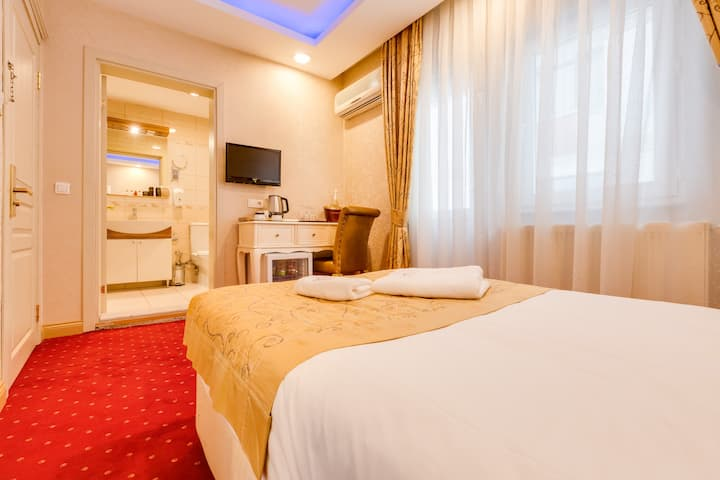 Twins Boutique Hotel - Deluxe Single Room