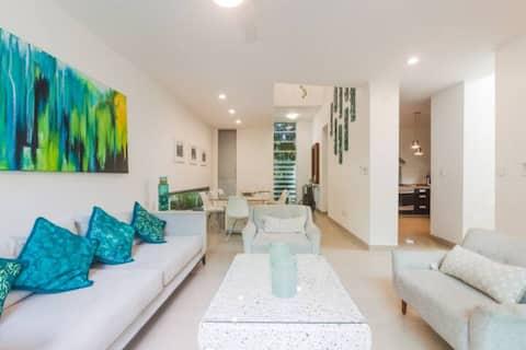The Palms House - Beach access - Fast Wifi