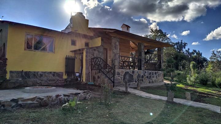 """Cabaña """"Los Fresnos"""" Mazamitla"""