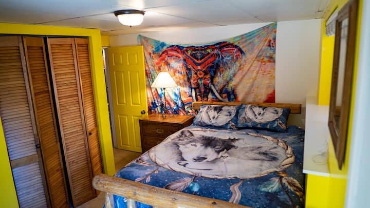ShredLife Eco Hostel - Private Room Private Entrnc