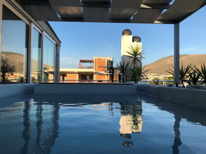 PENTHOUSE WITH MINI PRIVATE POOL – JACUZZI