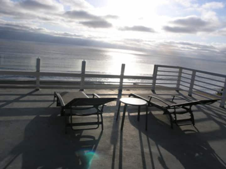Oceanfront  beach house,  heated pool, sleeps 10