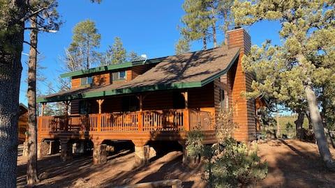 Mountain Cabin with Beautiful Mogollon Rim views