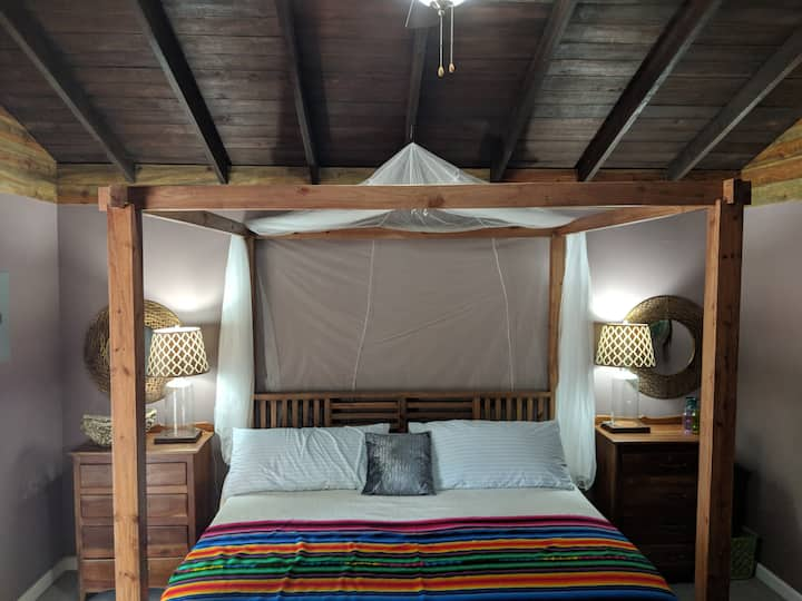Ambergris Caye Cabanas - Rainforest King Suite