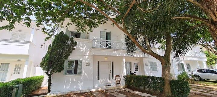 Casa no condomínio Marae, 260m da praia - Maresias