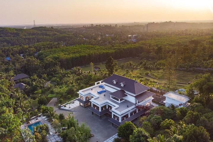 Springhill Villa 3BR near Kochi with Spa & Pool