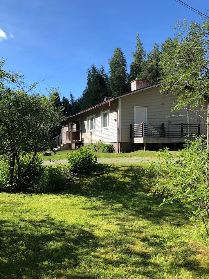 Luonnonläheinen asunto, Bosund, Enokas