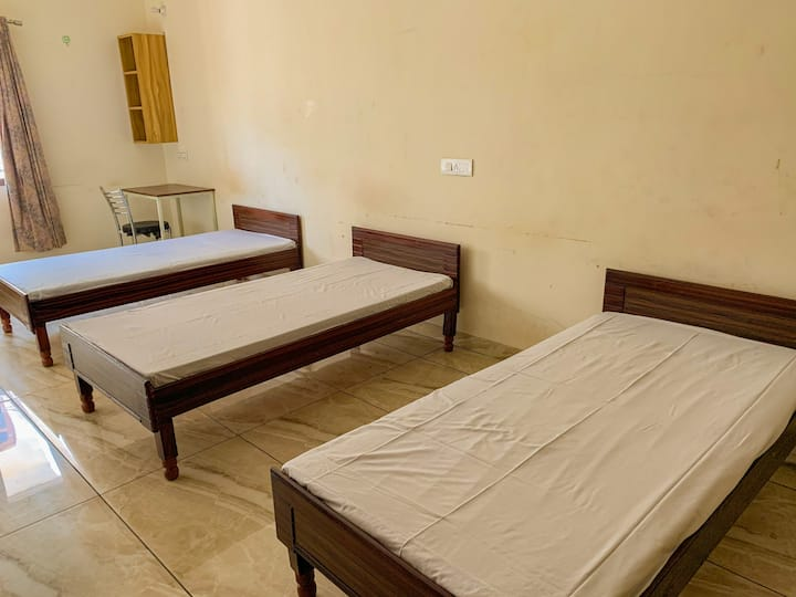 Priv. Room  (3 guests) in Beautiful Chandigarh #9