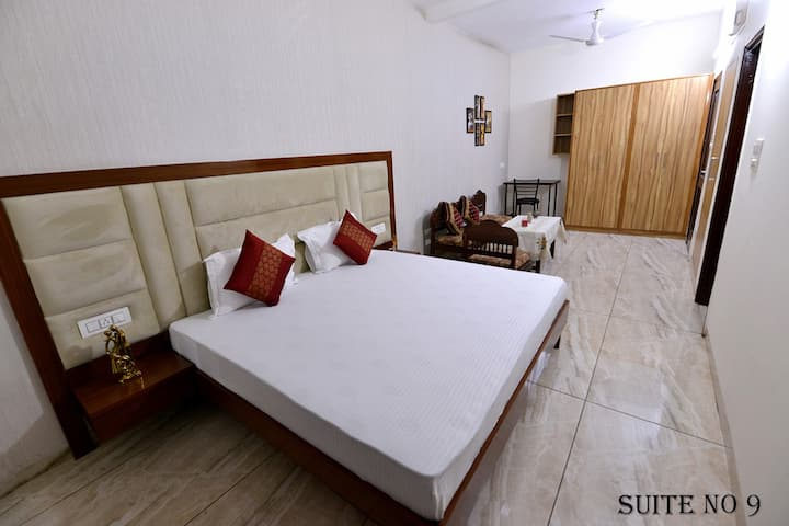 Big Suite in Beautiful Chandigarh #9