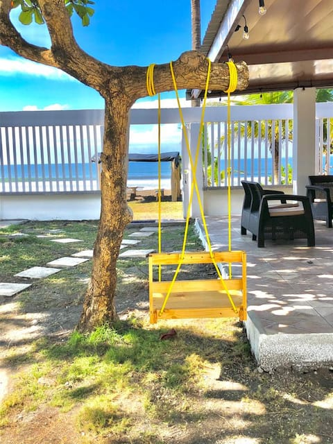 Los Almendros beach house with private pool