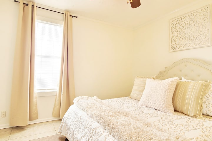 Uptown New Orleans Home -7 mins to FQ Free Parking