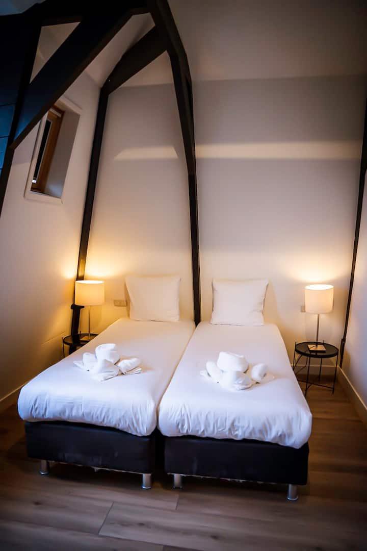 Comfort Elegant Room | City Center  | De Pijp