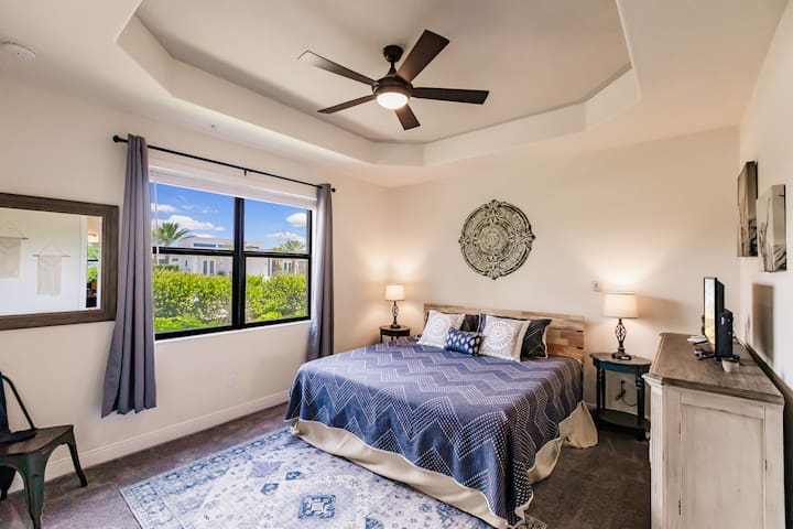 Master Bedroom with King Size Bed Includes smart television