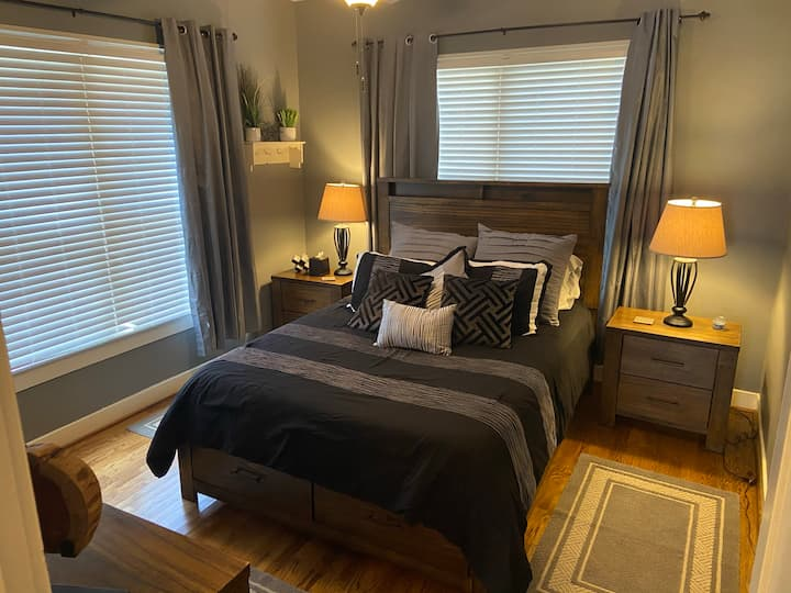 Campo Comfort - Walking distance to Dickies Arena
