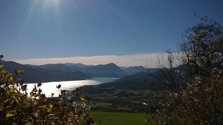Charmant gîte avec vue imprenable sur le lac