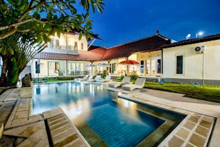 Room #12 for Rent Vila Kimberly D17 @ NusaDua BALI