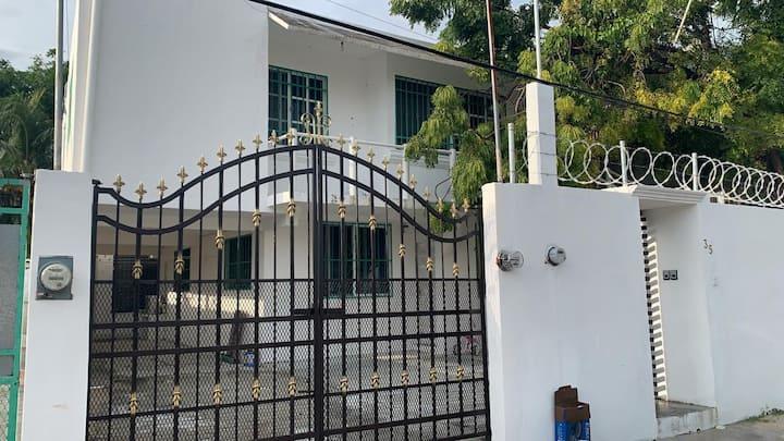 Casa Guaya en el centro de Cancun by 6 pax