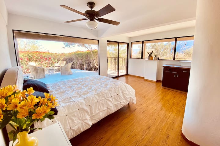 Sunroom bedroom with amazing view of the mountains