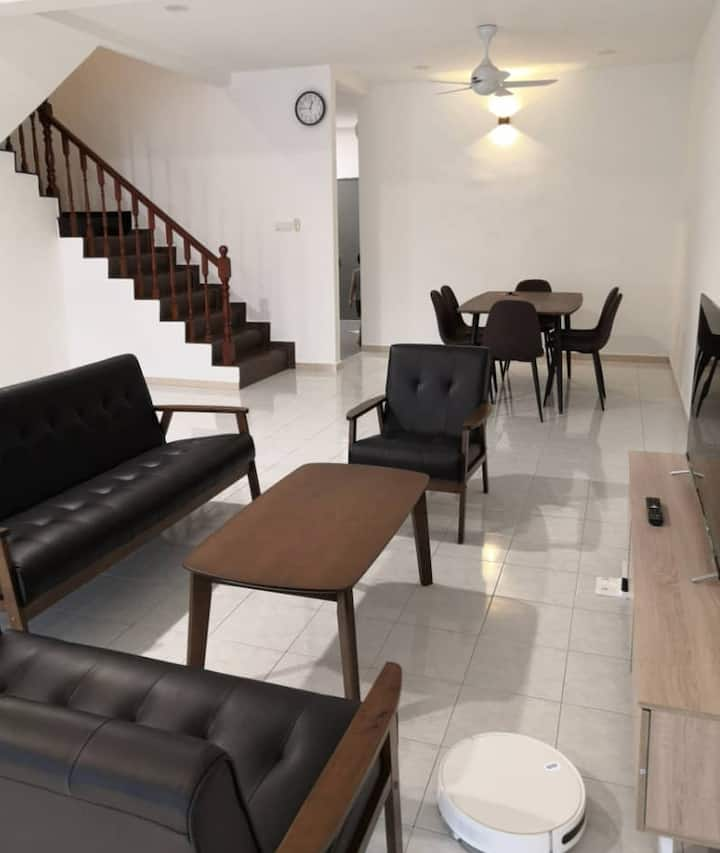 *New Opening* FLORA HOMESTAY