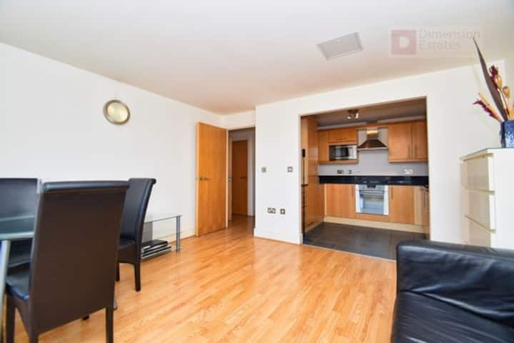 Stunning 1 bed flat in Canary Wharf