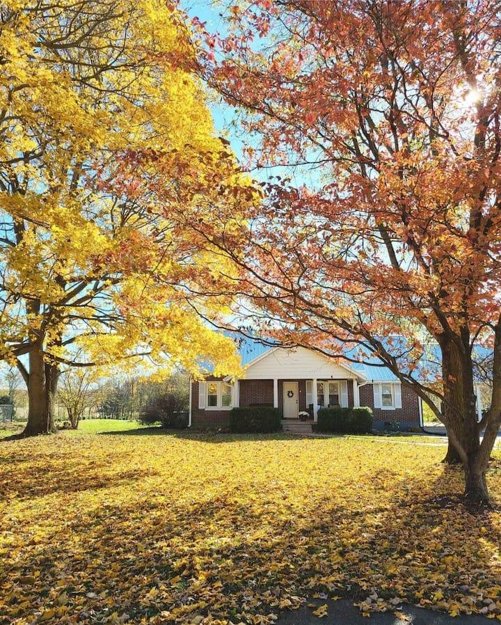 Mulberry Ridge - Cozy Country Farmhouse Retreat