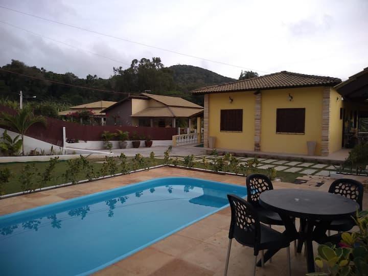 Casa na Serra com piscina para 10 pessoas