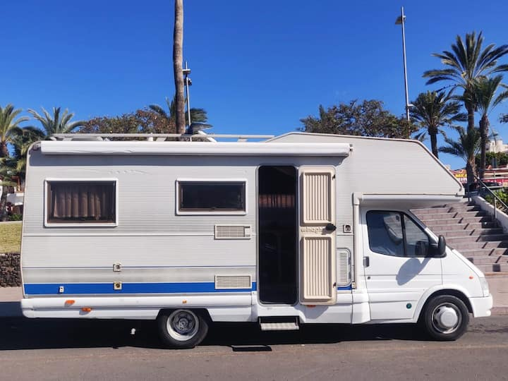 Caravan for rent in los Cristianos. (Can't drive)