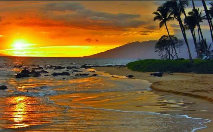 OCEAN ACROSS/MAUI BEACH/KIHEI BEST SUNSET