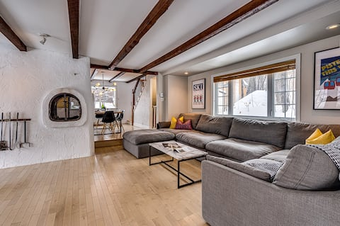 Swiss Style Chalet Walking Distance to Beach