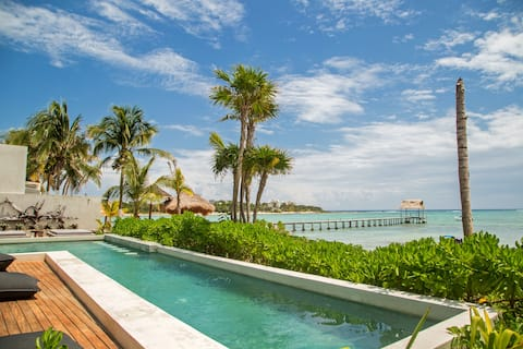 Ocean Front 2 BR & Private Plunge Pool+WIFI