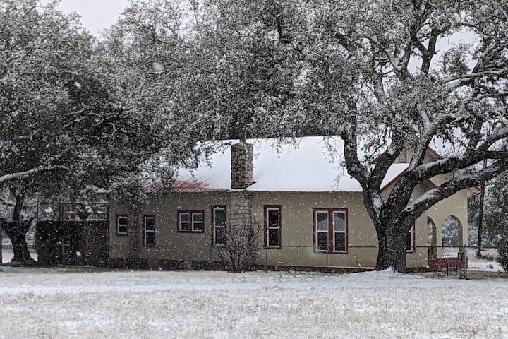 Beautifully Restored Ranch House on Open Range