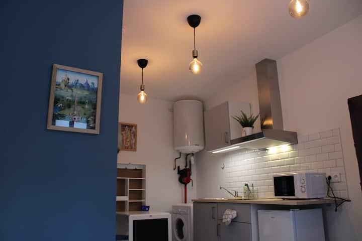 Studio standing - centre ville - calme - Neuf