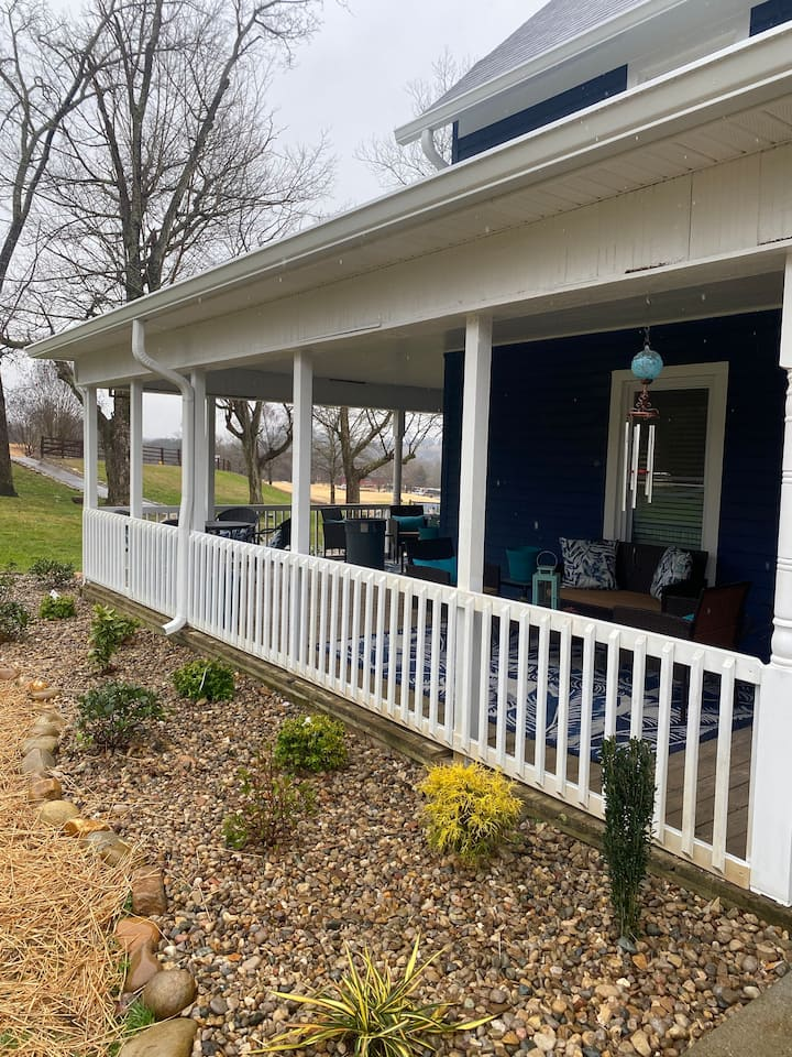 1901 Farm House with Tennessee charm
