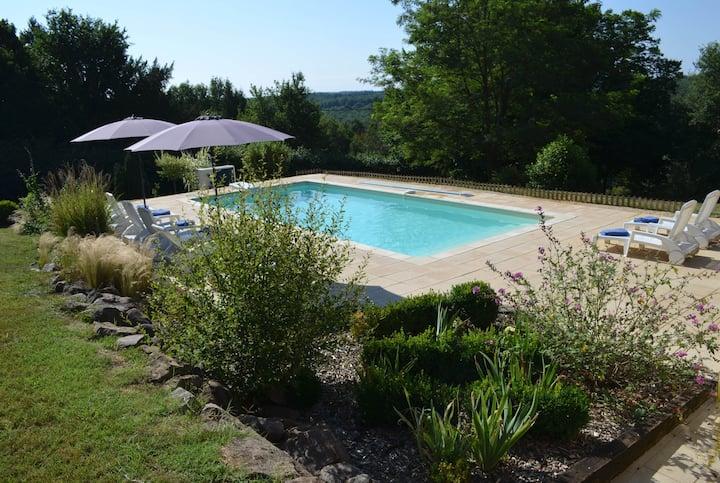 Demeure au Coeur du Périgord avec piscine chauffée
