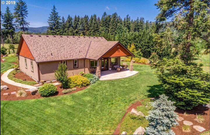 Luxury custom home on 10 acre estate
